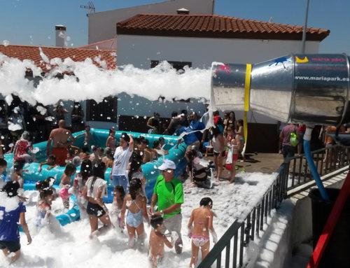 Fiesta la Espuma con Piscina de Agua