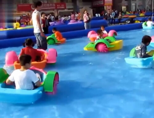 Barquitas para navegar en piscina